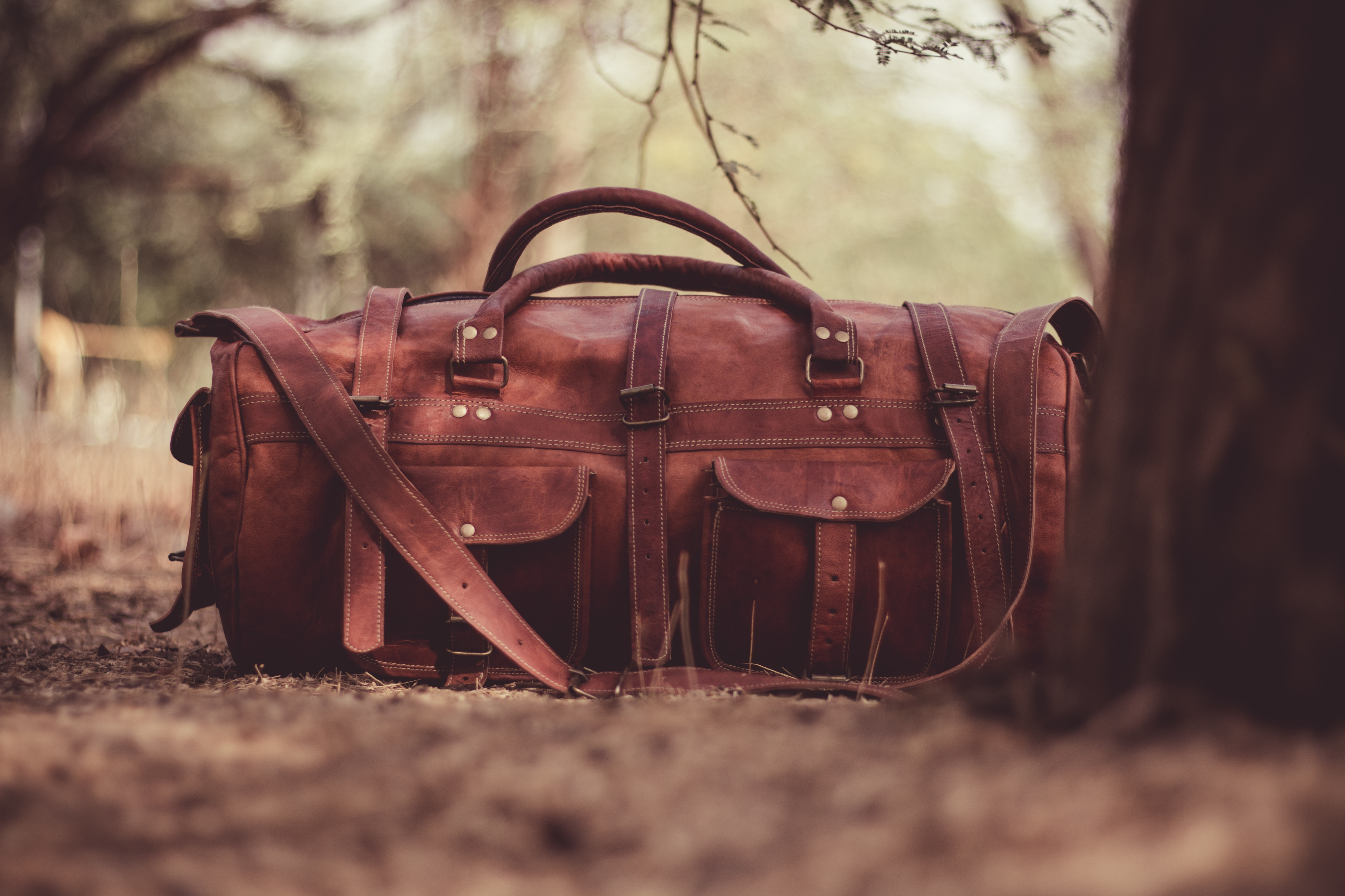 harsh-jadav-163197-unsplash valise.jpg